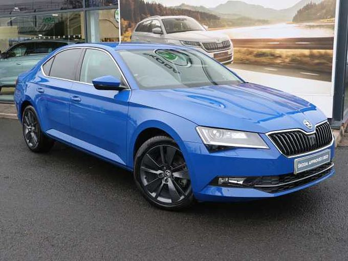 SKODA Superb 1.4 TSI SE L Executive ACT DSG Hatchback